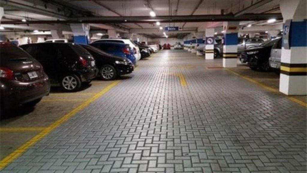 محاسبه تعداد پارکینگ در واحدهای تجاری و اداری