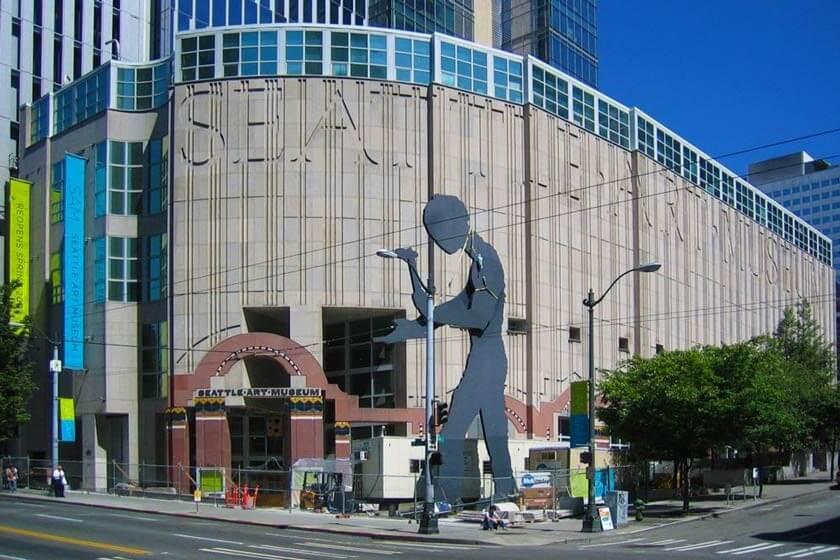 موزه هنر سیاتل یک موزه با معماری پست مدرن
