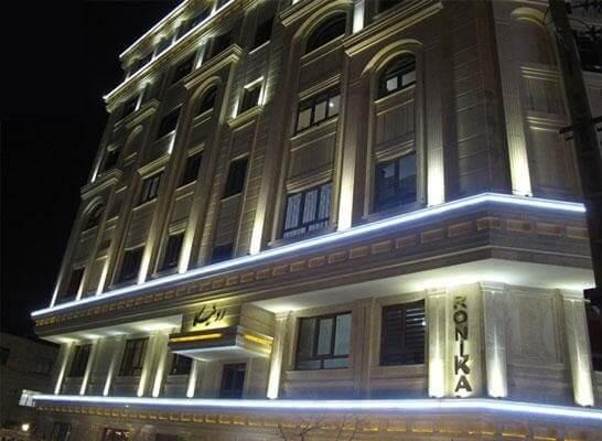 اجرای نورپردازی نمای ساختمان