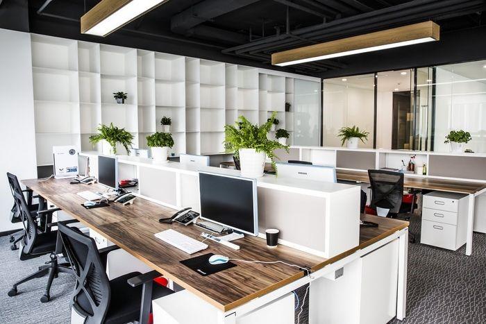 شکل 4: طراحی دکوراسیون اداری