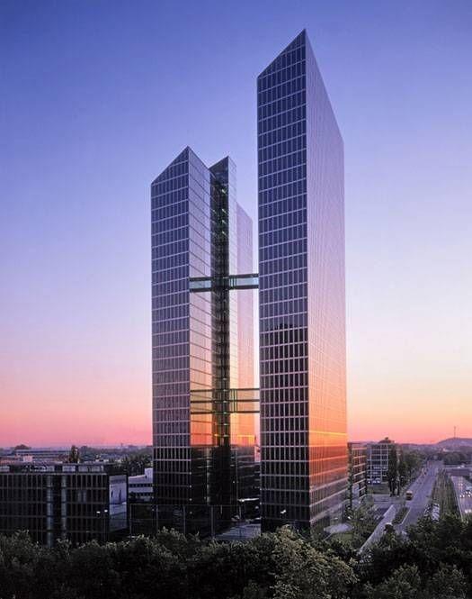 قوانین و مقررات ساختمان های بلند